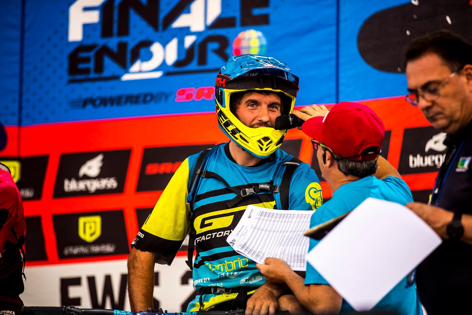 Блог им. Trial-Sport: GT: Мартин Мэйес. Победное завершение гоночного сезона 2016!